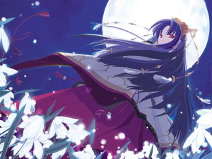 Rating: Safe Score: 5 Tags: japanese_clothes makino_nanami miko moon suigetsu User: Oyashiro-sama