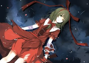 Rating: Safe Score: 45 Tags: blood bow green_eyes green_hair kagiyama_hina mu_yan petals short_hair touhou water User: RyuZU