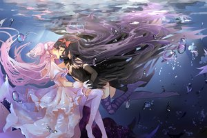 Rating: Safe Score: 114 Tags: 2girls akemi_homura akuma_homura bubbles dango_(dangowalolicon) dress gloves jpeg_artifacts kaname_madoka kiss long_hair mahou_shoujo_madoka_magica mahou_shoujo_madoka_magica_movie shoujo_ai thighhighs ultimate_madoka underwater water User: Flandre93