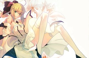 Rating: Safe Score: 207 Tags: artoria_pendragon_(all) bow dress fate_(series) fate/stay_night fate/unlimited_codes saber saber_lily stockings takeuchi_takashi type-moon User: HawthorneKitty