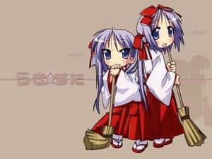 Rating: Safe Score: 0 Tags: hiiragi_kagami hiiragi_tsukasa japanese_clothes lucky_star miko twins User: Oyashiro-sama