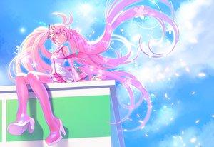 Rating: Safe Score: 69 Tags: clouds hatsune_miku long_hair petals pink_eyes pink_hair sakura_miku sky souma_kira vocaloid User: FormX