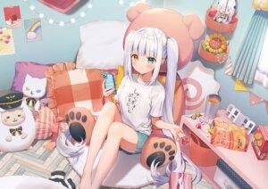 Rating: Safe Score: 73 Tags: aliasing barefoot bed bicolored_eyes blush candy doll drink food gray_hair kagura_mea kagura_mea_channel lollipop long_hair momoshiki_tsubaki phone shorts teddy_bear twintails User: otaku_emmy