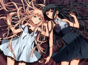 Rating: Safe Score: 63 Tags: 2girls black_hair blonde_hair blue_eyes dress long_hair murakami_yuzu original pink_hair red_eyes skirt User: HawthorneKitty