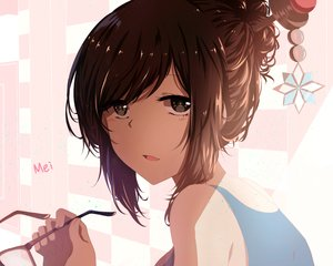Rating: Safe Score: 217 Tags: black_eyes brown_hair close glasses isumi_(yangyan) mei_(overwatch) overwatch User: FormX