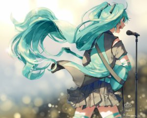 Rating: Safe Score: 32 Tags: aqua_eyes aqua_hair cropped guitar hatsune_miku instrument kaerurokuroku24 long_hair microphone signed skirt twintails vocaloid User: mattiasc02