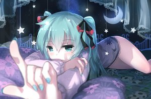 Rating: Safe Score: 305 Tags: aqua_eyes aqua_hair dress hatsune_miku moon night ribbons sen_ya stars twintails vocaloid User: Flandre93