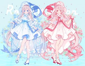 Rating: Safe Score: 47 Tags: 2girls aqua_eyes bell blonde_hair bow flowers headdress long_hair miyuki_(miyuki_05290) original pink_eyes pink_hair ribbons User: RyuZU