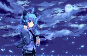 Rating: Safe Score: 15 Tags: blue_eyes blue_hair headphones konno_kengo moon night original sky waifu2x User: sadodere-chan