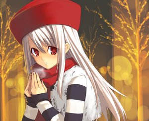 Rating: Safe Score: 13 Tags: fate_(series) fate/stay_night hat illyasviel_von_einzbern red_eyes scarf shingo_(missing_link) User: Oyashiro-sama