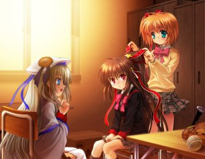 Rating: Safe Score: 23 Tags: kamikita_komari little_busters! natsume_rin noumi_kudryavka User: 秀悟