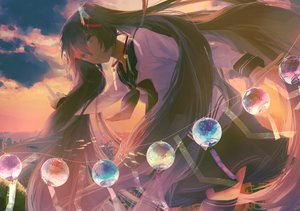 Rating: Safe Score: 42 Tags: glycan hatsune_miku long_hair seifuku twintails vocaloid User: FormX