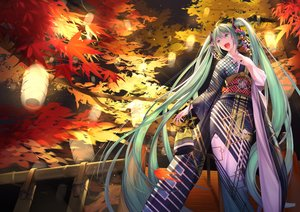Rating: Safe Score: 35 Tags: autumn hatsune_miku japanese_clothes kimono long_hair mt_(ringofive) twintails vocaloid User: sadodere-chan