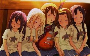 Rating: Safe Score: 132 Tags: akiyama_mio guitar hirasawa_yui instrument k-on! kotobuki_tsumugi nakano_azusa sleeping tainaka_ritsu yume_robo User: HawthorneKitty