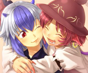 Rating: Safe Score: 43 Tags: 2girls animal_ears blue_eyes fang gray_hair hat horns hug mystia_lorelei pink_hair red_eyes shiba_itsuki tokiko touhou wings User: PAIIS