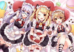 Rating: Safe Score: 56 Tags: animal_ears annin_miru annin_miru_channel apron catgirl chocolate crossover garter_belt glasses hoonie_friends hoonie_(hoonie_friends) maid orisu_(hoonie_friends) stockings tail usagihime valentine zettai_ryouiki User: BattlequeenYume