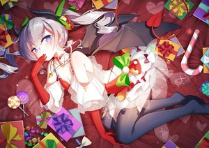 Rating: Safe Score: 278 Tags: aliasing aqua_eyes bai_yemeng bell blush bow candy christmas demon dress elbow_gloves gloves gray_hair horns lollipop long_hair original succubus tail tengen_toppa_gurren_lagann twintails wings User: Fepple