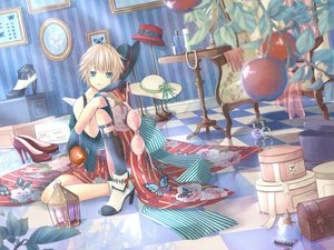 Rating: Safe Score: 33 Tags: all_male apple blonde_hair blue_eyes bra butterfly gloves hat kagamine_len leaves male mokona1107 necklace short_hair thighhighs underwear vocaloid User: Flandre93
