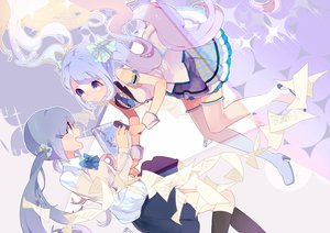 Rating: Safe Score: 41 Tags: 2girls blue_eyes blue_hair hassan_(sink916) hatsune_miku microphone paper twintails vocaloid User: Flandre93