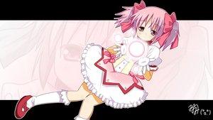 Rating: Safe Score: 11 Tags: dress kaname_madoka mahou_shoujo_madoka_magica minami_(artist) pink_hair twintails User: w7382001
