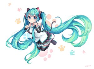 Rating: Safe Score: 41 Tags: catgirl cat_smile ddobong_(aky2374) hatsune_miku vocaloid User: FormX