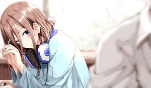 Rating: Safe Score: 20 Tags: blue_eyes brown_hair close fuu_(fuore) go-toubun_no_hanayome headphones long_hair nakano_miku User: BattlequeenYume