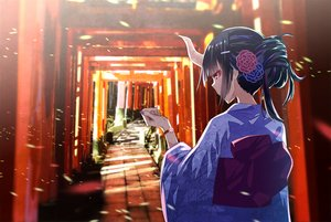 Rating: Safe Score: 22 Tags: demon horns japanese_clothes kimono original someya_mai torii wristwear User: FormX