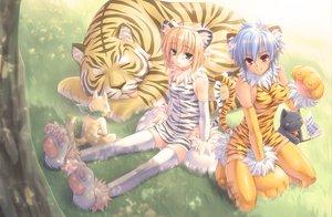 Rating: Safe Score: 113 Tags: animal animal_ears cat fang kuroneko_sakon original pointed_ears tail thighhighs tiger User: FormX