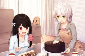 Rating: Safe Score: 80 Tags: 2girls apron black_hair blush cake couch drink food green_eyes long_hair mitoko_(tsuchikure) original red_eyes shiori_(tsuchikure) short_hair tsuchikure_(3105mitoko) white_hair User: kyxor