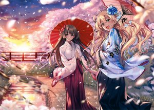 Rating: Safe Score: 106 Tags: 2girls blonde_hair brown_hair cherry_blossoms clouds green_eyes japanese_clothes kimono original petals piromizu purple_eyes scan sunset User: mattiasc02