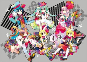 Rating: Safe Score: 13 Tags: 7:24 alice_in_wonderland animal_ears bunny_ears bunnygirl catgirl cosplay drink group hat hatsune_miku japanese_clothes kagamine_len kagamine_rin kaito male megurine_luka vocaloid wings User: RyuZU