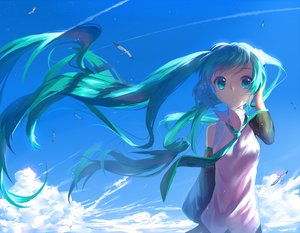 Rating: Safe Score: 104 Tags: animal aqua_eyes aqua_hair bird clouds hatsune_miku long_hair sky tie vocaloid yuket User: Flandre93