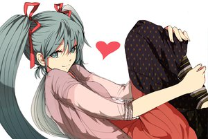 Rating: Safe Score: 137 Tags: hatsune_miku twintails vocaloid yuki_(fuguneko) User: PAIIS