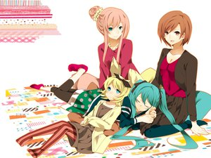 Rating: Safe Score: 99 Tags: 884 aqua_hair blonde_hair blue_eyes brown_eyes brown_hair hatsune_miku kagamine_rin long_hair megurine_luka meiko pink_hair short_hair sleeping socks twintails vocaloid User: FormX
