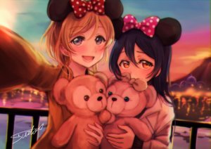 Rating: Safe Score: 29 Tags: 2girls ayase_eri black_hair blonde_hair blue_eyes bow clouds disney long_hair love_live!_school_idol_project orange_eyes short_hair signed sky sonoda_umi suito teddy_bear User: mattiasc02