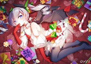Rating: Safe Score: 172 Tags: aliasing aqua_eyes bai_yemeng bell blush bow candy christmas demon dress elbow_gloves gloves gray_hair horns lollipop long_hair original signed succubus tail tengen_toppa_gurren_lagann twintails wings User: sadodere-chan