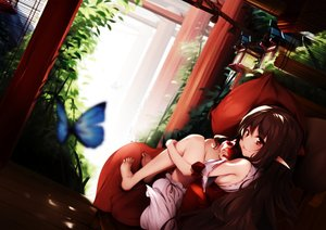 Rating: Safe Score: 134 Tags: apple barefoot brown_eyes brown_hair butterfly food fruit loli original pointed_ears toriumi_harumi User: RyuZU