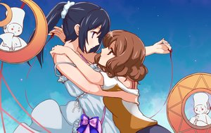 Rating: Safe Score: 22 Tags: 2girls blue_hair bow brown_eyes brown_hair clouds dress hibike!_euphonium hug hu_sea kousaka_reina long_hair oumae_kumiko ponytail purple_eyes ribbons short_hair shoujo_ai sky User: FormX