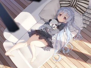 Rating: Safe Score: 119 Tags: barefoot bow couch dress gray_hair loli long_hair original tagme_(artist) teddy_bear User: RyuZU