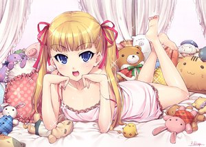 Rating: Safe Score: 167 Tags: barefoot blonde_hair blue_eyes doll loli mozuya_koto mozuya-san_gyakujousuru otsumami signed teddy_bear twintails User: opai