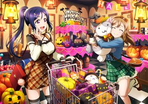 Rating: Safe Score: 43 Tags: 2girls blue_hair brown_hair halloween headband hug kunikida_hanamaru long_hair love_live!_school_idol_project love_live!_sunshine!! matsuura_kanan ponytail pumpkin purple_eyes short_hair skirt tagme_(artist) thighhighs User: RyuZU