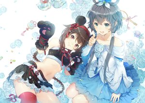 Rating: Safe Score: 59 Tags: 2girls animal_ears braids brown_hair dress ekita_xuan elbow_gloves flowers gloves gray_hair green_eyes long_hair luo_tianyi navel red_eyes rose skirt thighhighs twintails vocaloid vocaloid_china yuezheng_ling User: RyuZU