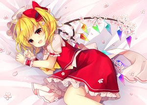 Rating: Safe Score: 74 Tags: blonde_hair blush bow cherry_blossoms fang flandre_scarlet flowers hat petals red_eyes ruhika short_hair skirt touhou vampire wings User: 蕾咪