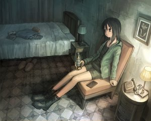 Rating: Safe Score: 32 Tags: bed boots drink hoodie original phone tokunaga_akimasa User: FormX