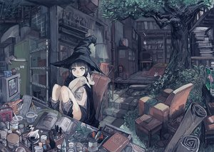 Rating: Safe Score: 210 Tags: animal black_hair book computer drink fish food gray_eyes hat knife kotatsu original osasimidaisuki stairs tree witch witch_hat User: FormX