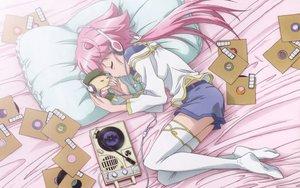 Rating: Safe Score: 19 Tags: bed headphones shishidou_akiha shishidou_imoko sora_wo_kakeru_shoujo User: rargy