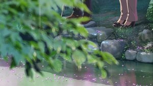Rating: Safe Score: 52 Tags: grass kotonoha_no_niwa leaves petals scenic tagme_(artist) takao_akizuki tree umbrella water yukari_yukino User: mattiasc02