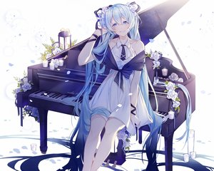 Rating: Safe Score: 51 Tags: flowers hatsune_miku instrument miyuki_(hananooni) petals piano ribbons vocaloid User: FormX