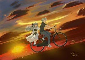 Rating: Safe Score: 45 Tags: bicycle bunny dress grass gray_hair kasugano_haruka kasugano_sora long_hair short_hair signed sombernight sunset yosuga_no_sora User: gnarf1975