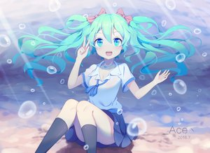 Rating: Safe Score: 153 Tags: hatsune_miku long_hair twintails underwater vocaloid water yifang User: luckyluna